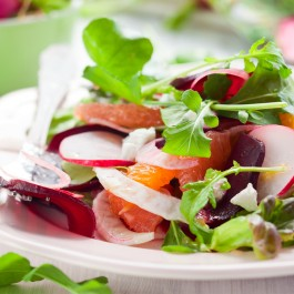 Salad with oranges and beets